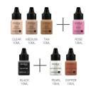 <p><span>Maquillaje base silicona que puede aplicarse con aerógrafo, pincel o esponja consiguiendo un acabado natural, delicado y homogéneo.</span></p> <p>Tiene una larga duración y puede aplicarse sobre cualquier tipo de piel.</p> <p><span>Compuesto por: bases 001 clear, 004 medium, 010 tan, colorete 020 Rose, sombra 040 black e iluminadores 030 cooper y 033 pearl<br /></span></p> <p><span>Capacidad cada bote: 10ml</span></p>